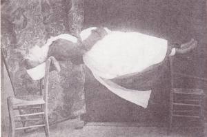 Patients under hypnosis could perform difficult tasks easily at Charcot's command.